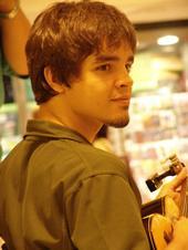 Pedro Vasconcellos. ( Cavaquinho.).