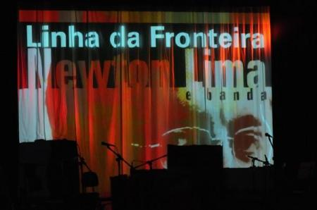 CD Linha da Fronteira  _ Newton Lima